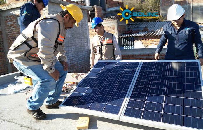 Paneles Solares y Postes Solares Queretaro
