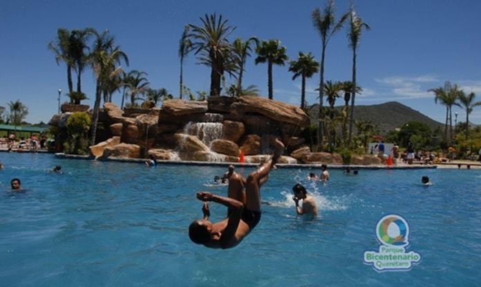 directorios-turismo-balneario-en-el-parque-bicentenario
