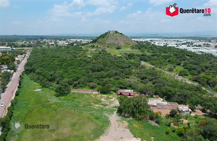 directorios-turismo-piramide-del-pueblito-zona-arqueologica-el-cerrito-de-queretaro-1-min